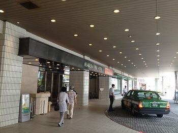 浅草ビューホテル入口.jpg